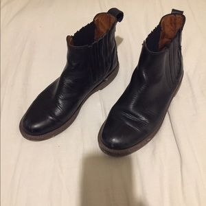 Madewell Black Leather Ray Chelsea Boots